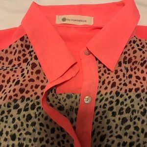 The Impeccable Pig Tops - Cute button down tie front top